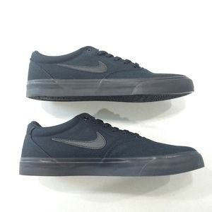 Nike SB Charge Canvas Black on Black Skate Shoe